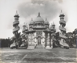 Mukbara intended for Vazier Bahauddinbhai C.I.E. (built by himself)[Junagadh]